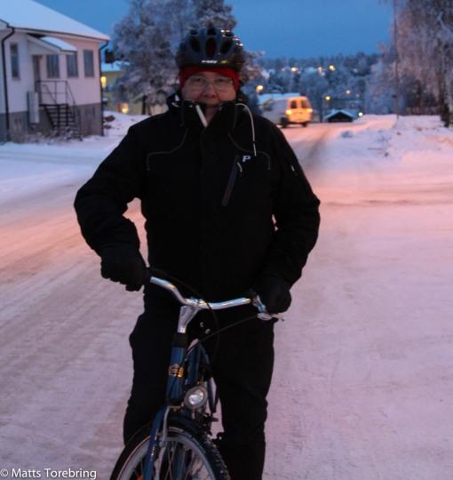 Idag ska du väl inte cykla?, sa  Birgitta, det är - 22 grader ute
