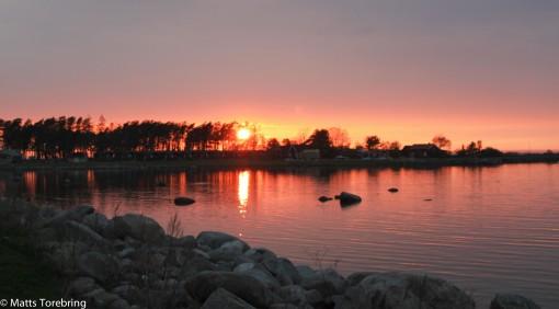 Solen går ned över Kalmarsund och avslutar en mycket trevlig dag.