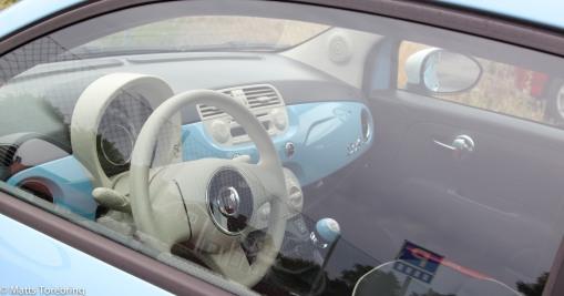 Vi var ute och gick och såg min nya kärlek, Fiat 500 Cab.