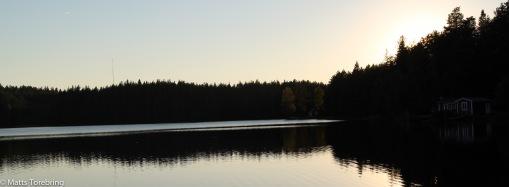 Solen gick snart ned borta i väster.