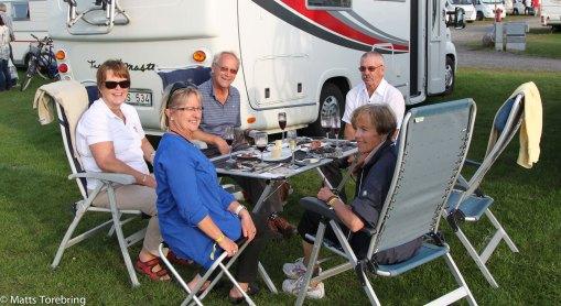 I eftermiddag var vi bjudna till Lennart & Irene...