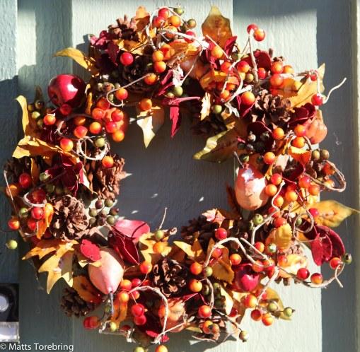 Hösten har kommit till entrén också.