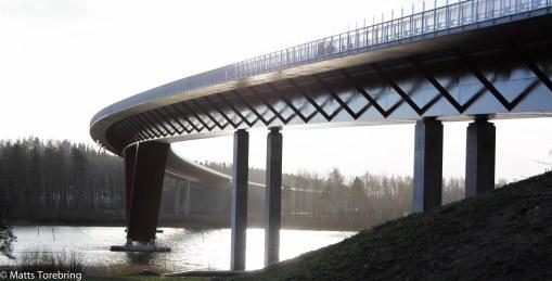 Under bron vid norra påfarten
