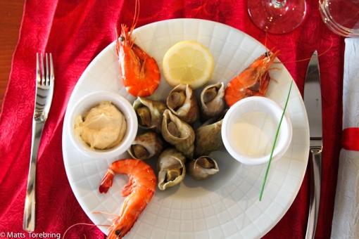 Starter med musslor och räkor