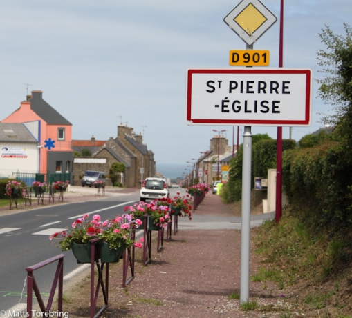Målet för dagen var St. Pierre Englese, där vi visste att det fanns en stor Food Market