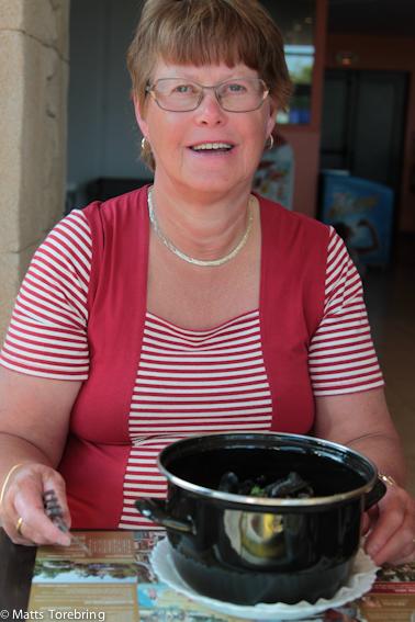 Jag bjöd Birgitta på musslor hon väntat på.