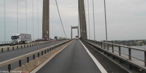 Vi kör över Lilla Bältbron