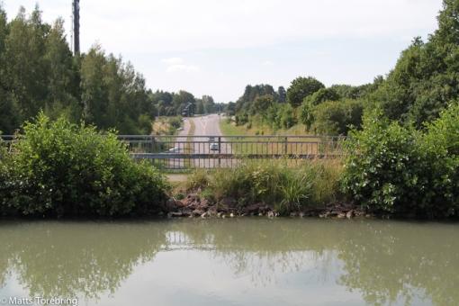 Vi passerar två akvedukter, (vägen går under kanalen)
