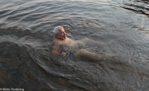 Kristallklart vatten att simma i