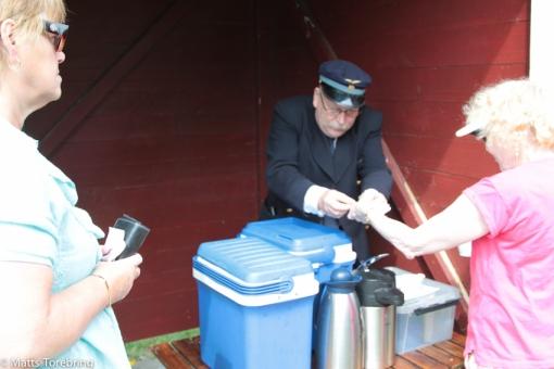 Nu säljs Torebrings kanelbullar och kaffe för 20:-.
