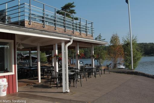 Det är folkvandring hit till Café & Restaurang