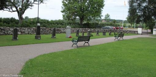 Tänk om vi hade lika fina kyrkogårdar i Aneby kommun som just denna.