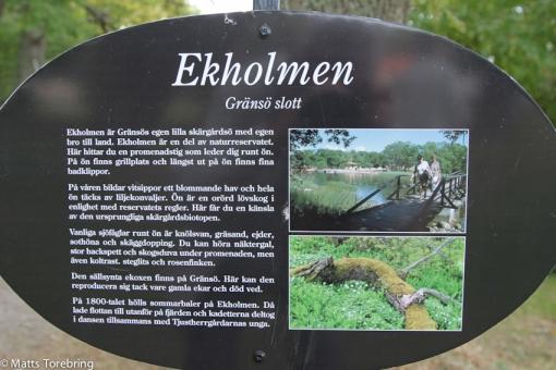 Vi går en runda på Ekholmen, en ö utanför Gränsö