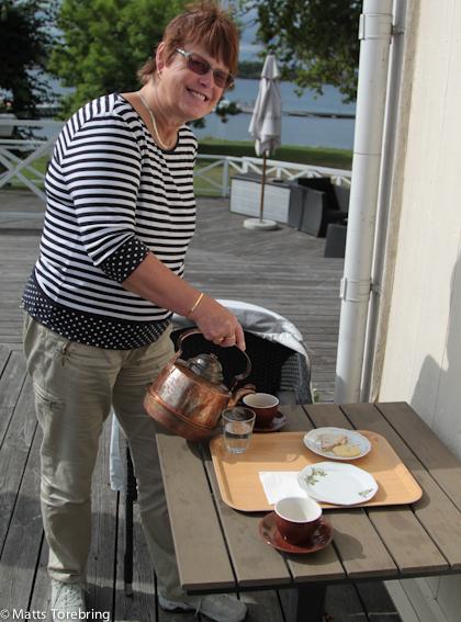 Kaffe på Slottsverandan