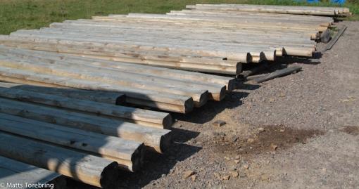 Stockar i olika längder som skall passas in i bygget