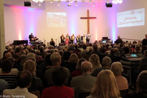 630 personer på plats i Pingstkyrkan