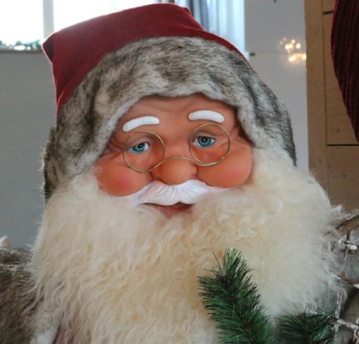 Idag hade Tomtefar inbjudit 41 personer på jullunch på J3 köket