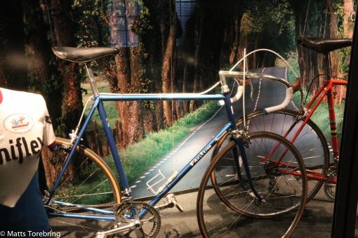 12 växlade cyklar från början av 60- talet.