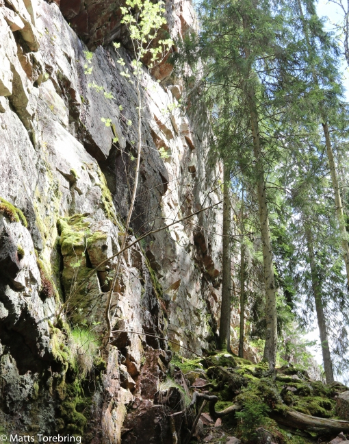 Enorma klippväggar