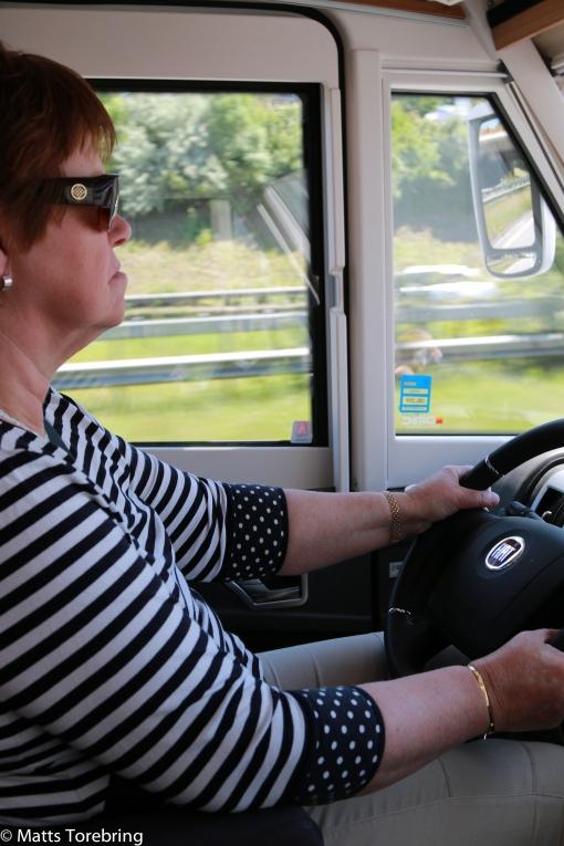 Birgitta kör genom Hamburg