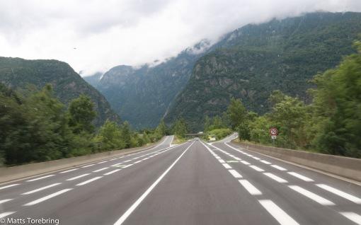Jättefin väg upp i Alperna